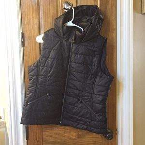 New York and company black hooded vest